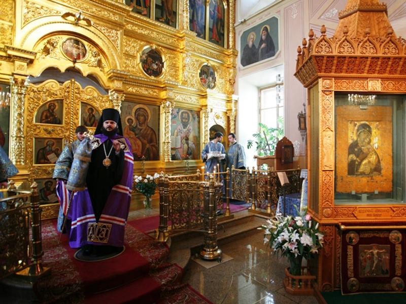 Храм Святителя Николая при Третьяковской галерее