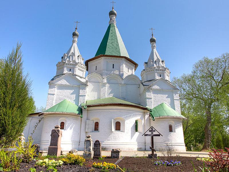 Храм Троицы Живоначальной (Троицко-Голенищево, Западный округ)