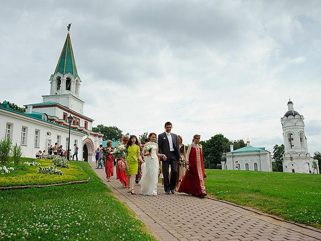 Официальная государственная выездная регистрация в Москве