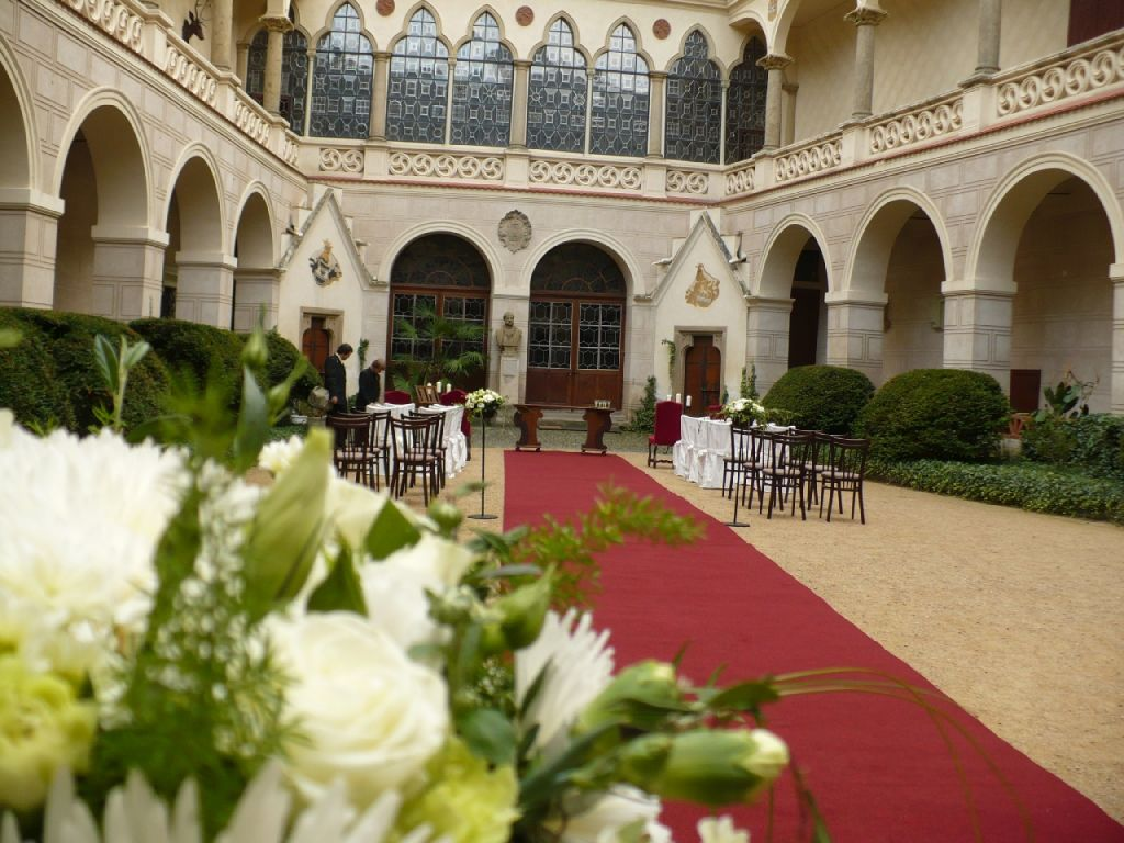 Свадьба в замке